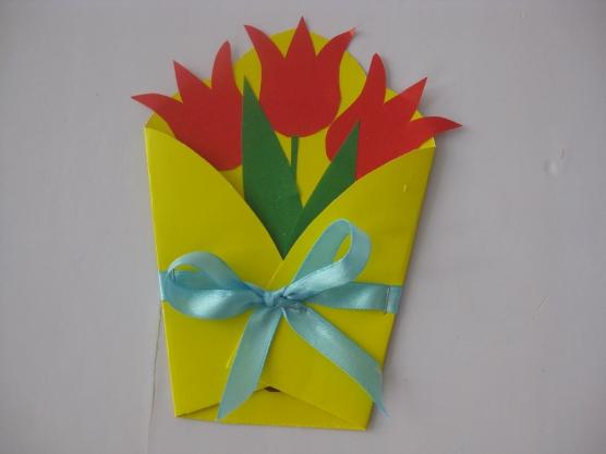 Подарок своими руками из бумаги маме на 8 марта